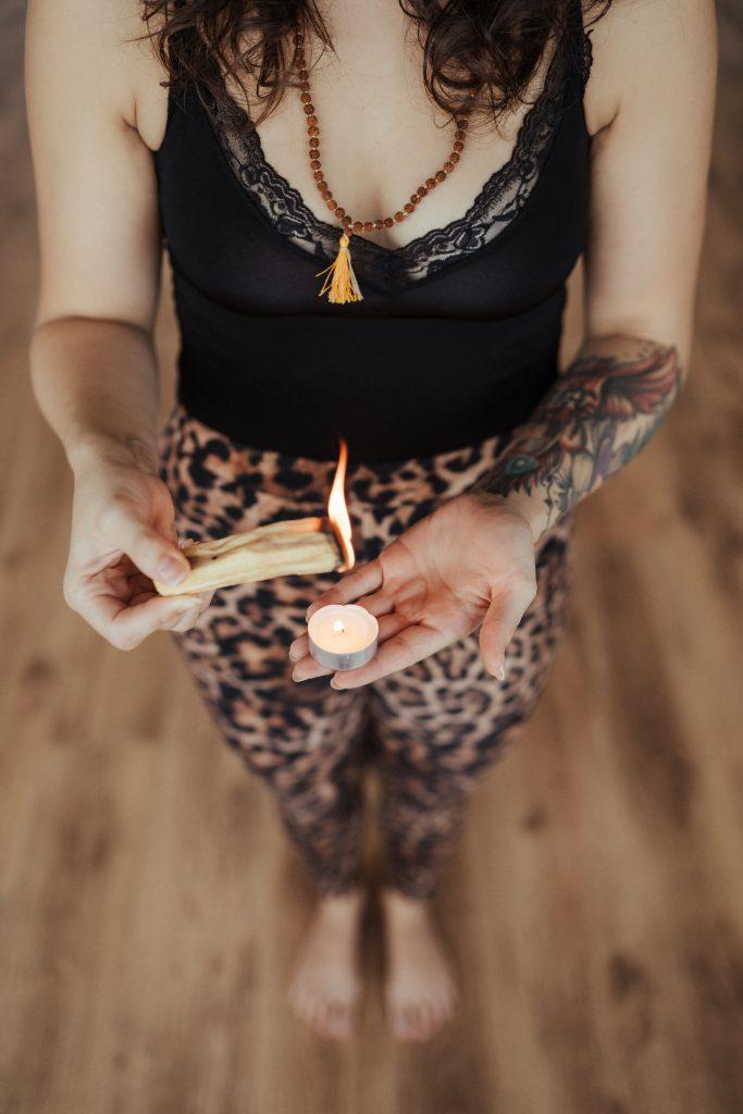 joga z Ivano palo santo sveti les meditaciija